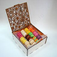 Box of macarons mix M