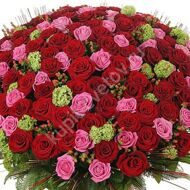 Large bouquet of 301 roses