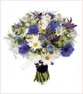 Bouquet of cornflowers and daisies
