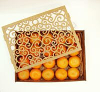 Box of mandarins