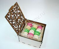 Delicate box of macarons S