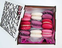 Box of berry macarons XS